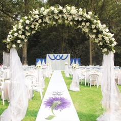Personalized Flower Design Print Cloth Aisle Runners
