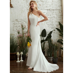 Trumpet/Mermaid One-Shoulder Sweep Train Wedding Dress
