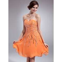 A-Line/Princess Sweetheart Knee-Length Chiffon Homecoming Dress With Sequins