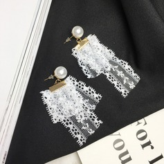 Unique Alloy Lace Ladies' Fashion Earrings