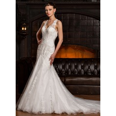 Trumpet/Mermaid V-neck Chapel Train Tulle Lace Wedding Dress