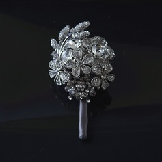 Boutonniere (Sold in a single piece) -