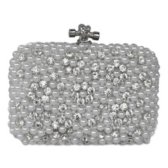 Shining Pearl Clutches