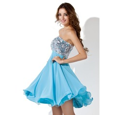 Empire Sweetheart Knee-Length Chiffon Sequined Homecoming Dress With Beading