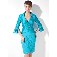 Sheath/Column V-neck Knee-Length Chiffon Taffeta Mother of the Bride Dress With Ruffle Beading