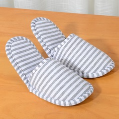 Disposable Fold Slippers For Outdoor Use (Sold in a single)
