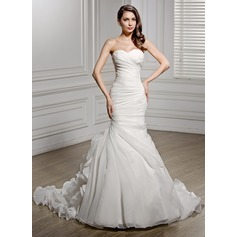 Trumpet/Mermaid Sweetheart Chapel Train Organza Wedding Dress With Ruffle (002056468)
