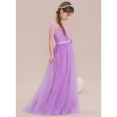 A-Line/Princess Off-the-Shoulder Floor-Length Tulle Junior Bridesmaid Dress With Flower(s)