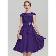 Scoop Neck Knee-Length Chiffon Lace Mother of the Bride Dress (267213700)