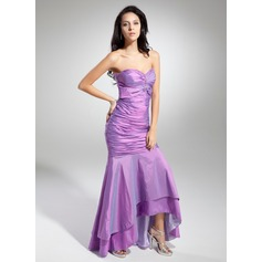 Trumpet/Mermaid Sweetheart Asymmetrical Taffeta Prom Dress With Ruffle Beading