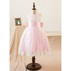 A-Line/Princess Knee-length Flower Girl Dress - Satin Sleeveless Scoop Neck With Appliques/Bow(s)
