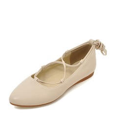 Women's PU Flat Heel Flats Closed Toe With Lace-up shoes (086142480)