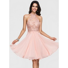 A-Line/Princess Halter Knee-Length Chiffon Homecoming Dress With Lace Beading (022164853)