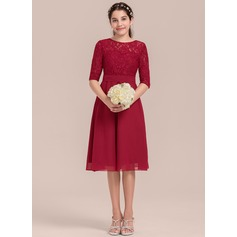 Scoop Neck Knee-Length Chiffon Junior Bridesmaid Dress (268213842)