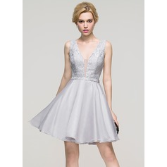 A-Line/Princess V-neck Short/Mini Organza Homecoming Dress
