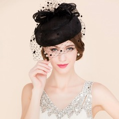 Dames Elegant Batist met Tule Fascinators