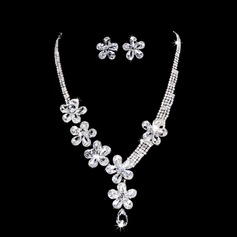 Flower Shaped Alloy/Rhinestones Women's Jewelry Sets