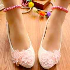 Women's Leatherette Low Heel Closed Toe Pumps With Sparkling Glitter Flower Lace-up Chain