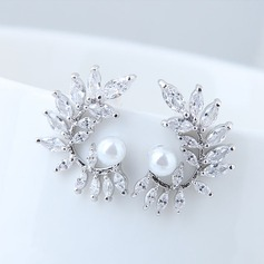 Shining Imitation Pearls Zircon Copper With Imitation Pearl Zircon Women's Fashion Earrings