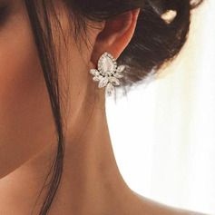 Ladies' Elegant Alloy Earrings For Bride/For Bridesmaid (011234555)