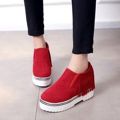 Women's Suede Flat Heel Closed Toe Wedges With Tassel shoes (086119396)