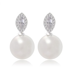 Charming Pearl/Zircon/Platinum Plated Ladies' Earrings