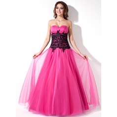 A-Line/Princess Sweetheart Floor-Length Tulle Prom Dress With Ruffle Lace