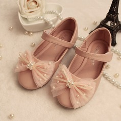 Girl's Round Toe Closed Toe Mary Jane Leatherette Flat Heel Flower Girl Shoes With Bowknot Imitation Pearl