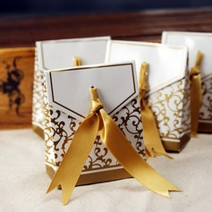 Flower Design Favor Boxes With Ribbons