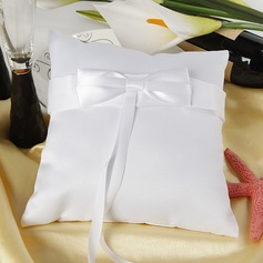 Ring Pillow in Satin With Ribbons/Bow