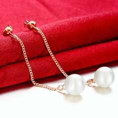 Exquisite Pearl Copper Ladies' Fashion Earrings