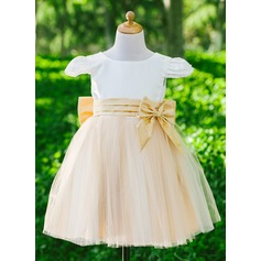 A-Line/Princess Flower Girl Dress - Satin/Tulle Short Sleeves Scoop Neck With Bow(s)
