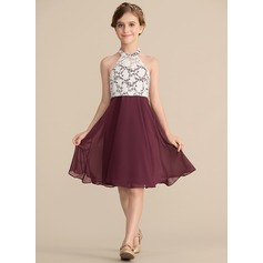 A-Line/Princess Scoop Neck Knee-Length Chiffon Lace Junior Bridesmaid Dress (009165014)