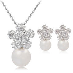 Snowflakes Shaped Copper/Zircon/Platinum Plated Ladies' Jewelry Sets