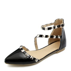 Women's Patent Leather Flat Heel Sandals Flats Closed Toe With Rivet Buckle shoes (086168529)