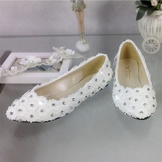 Women's Patent Leather Closed Toe Pumps With Rhinestone Stitching Lace Flower