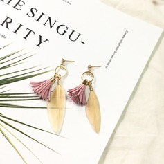 Fashional Alloy Feather Ladies' Fashion Earrings