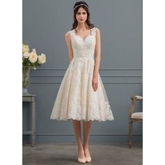 Ball-Gown Sweetheart Knee-Length Tulle Lace Wedding Dress With Beading Sequins