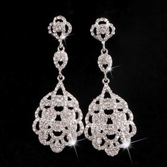Chic Alloy Rhinestones With Rhinestone Ladies' Fashion Earrings