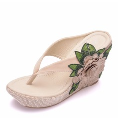 Women's Fabric Wedge Heel Closed Toe Flip-Flops Sandals Wedges With Flower Tassel Applique