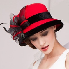 Ladies' Eye-catching Autumn/Winter Wool With Feather/Tulle Bowler/Cloche Hat