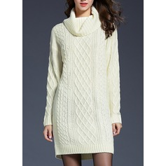 Knitting Knee Length Dress (199140453)