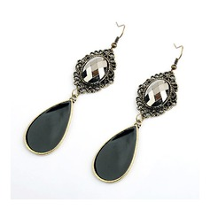 Elegant Alloy/Resin Ladies' Earrings