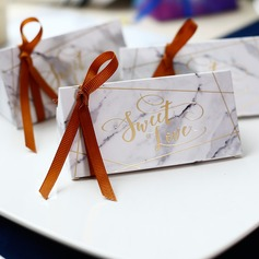 Sweet Love/Classic Cubic Card Paper Favor Boxes With Ribbons