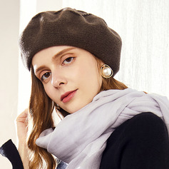 Ladies' Simple/Eye-catching/Charming Velvet/Nylon Beret Hats
