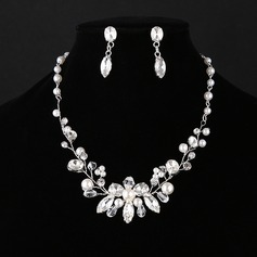 Chic Alloy With Imitation Pearl Rhinestone Jewelry Sets (Set of 2)
