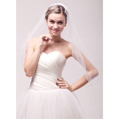 One-tier Scalloped Edge Fingertip Bridal Veils