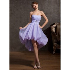 A-Line/Princess Sweetheart Asymmetrical Organza Homecoming Dress With Ruffle Beading