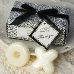 """Hugs & Kisses From Mr. & Mrs."" Soaps With Ribbons/Tag  (051009900)"
