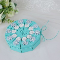 Lovely Cubic Card Paper Favor Boxes With Flowers